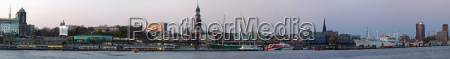 porto hamburgo landungsbruecken portas elba michel