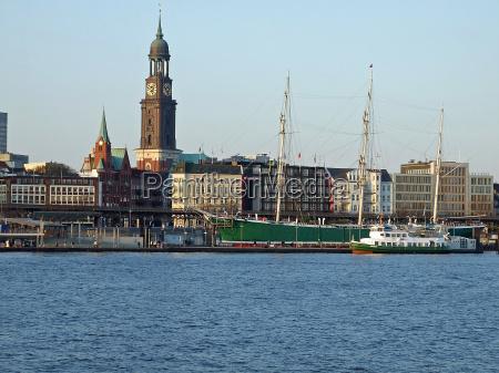 torre igreja hamburgo veleiro barco a