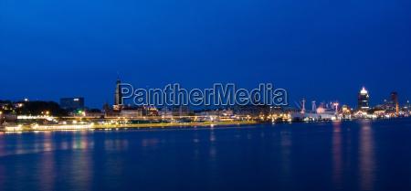 panorama da noite no porto