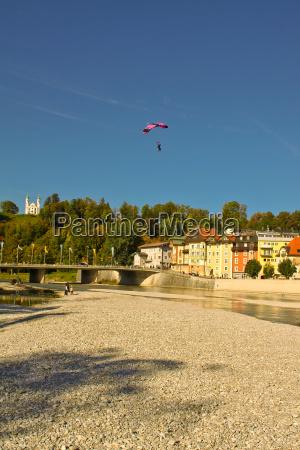 ciudad ala paracaidas paracaidista fluegelanzug wingsuit
