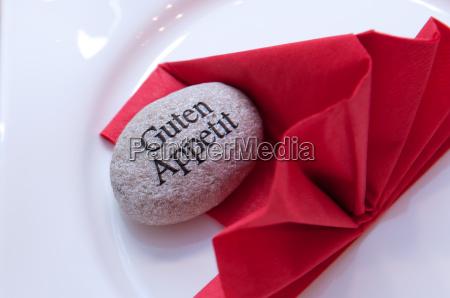 placa apetito servilleta comida cena rojo