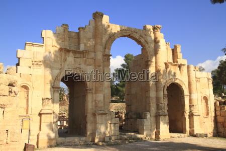 templo jordania antiguo antigueedad ruinas arabia