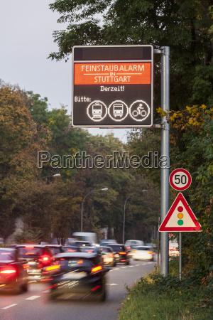 senyal peligro paseo viaje medio ambiente