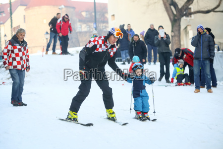 ivica kostelic skiing with son