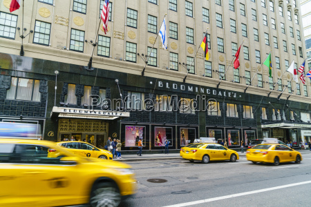bloomingdales department store and yellow taxi