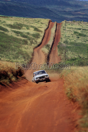 suelo polvo camino de tierra coche